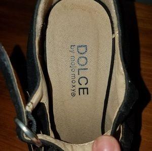 Dolce by Mojo Moxy heel dress shoes